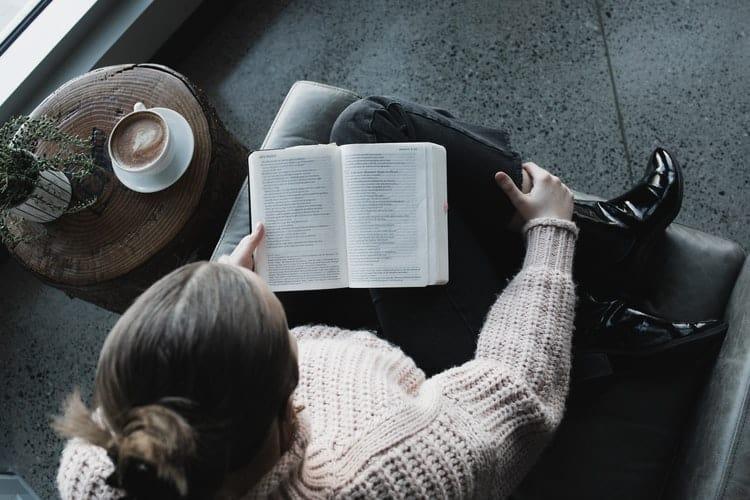 ebook reader vs tablet reader vs book reader